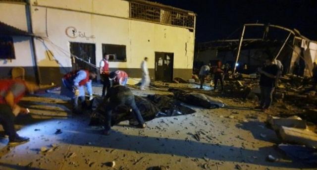 ليبيا.. قتلى وجرحى في غارة جوية على مركز لاحتجاز المهاجرين