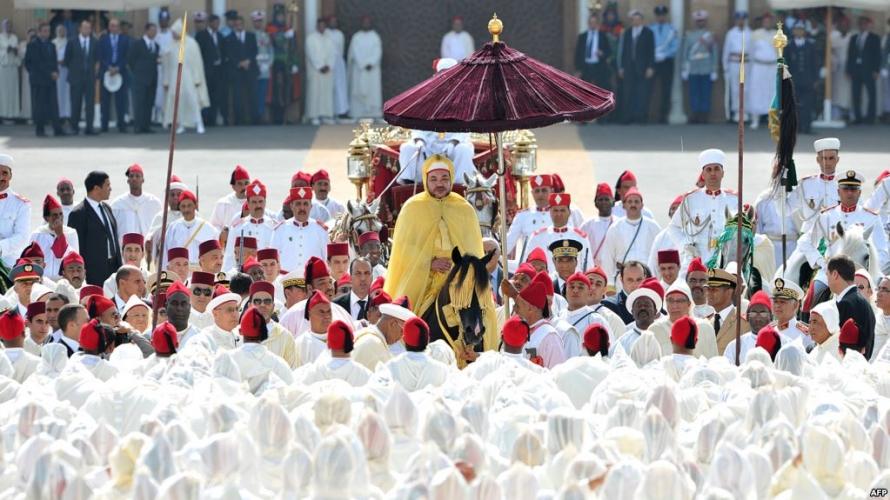 الملك محمد السادس يترأس حفل الولاء بالقصر الملكي بتطوان