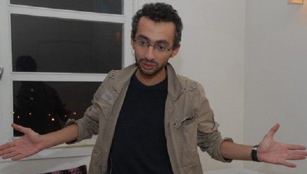 صحافي جزائري يكشف تفاصيل توقيف بن شمسي