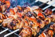 عيد الأضحى.. نصائح لشوي اللحم فوق الفحم