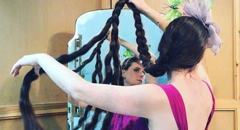 امرأة رفضت غسل شعرها لمدة 20 عاما.. كيف كانت النتيجة؟