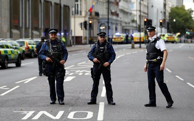 الشرطة البريطانية: إصابة شخص في حادث طعن