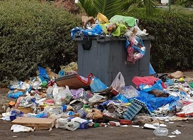 الأزبال تورط مسؤولي المحمدية و''تلوث سمعة'' شركة النظافة الجديدة