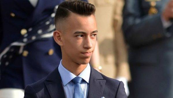 الأمير مولاي الحسن يستقبل أطفال القدس المشاركين في المخيم الصيفي