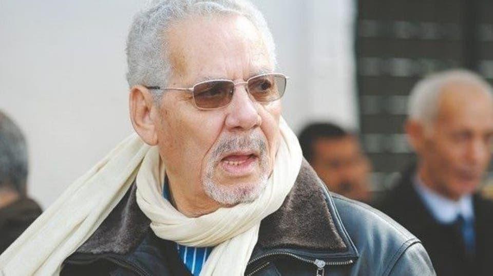 القضاء العسكري بالجزائر يصدر مذكرة دولية تلاحق وزير الدفاع الأسبق