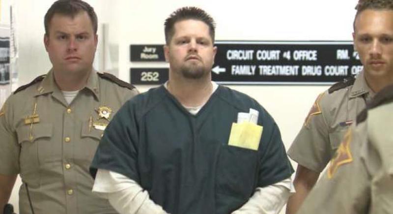 تناول مخها نيئا وطبخ جزءا آخر.. محاكمة أمريكي قتل صديقته وأكل لحمها