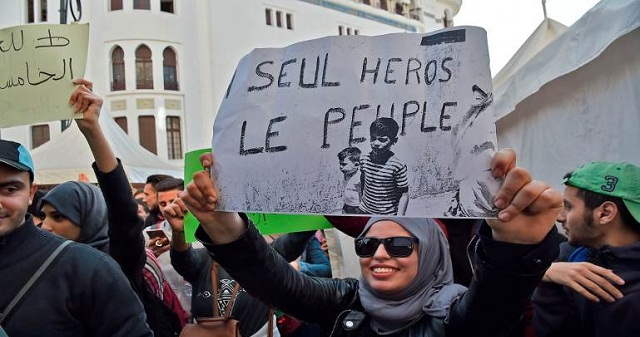 الجزائر: السلطة تلجأ لاعتقال الناشطين لتخويف