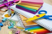 حفاظا على صحة التلاميذ.. منتدى المستهلك يطالب وزارة الصحة بإخضاع الأدوات المدرسية للرقابة