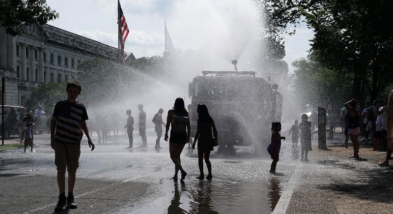 واشنطن تشهد أعلى درجة حرارة منذ 1941