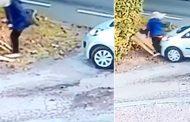 بالفيديو... سيارة تصدم صاحبتها في حادث غريب