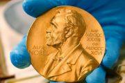 نوبل للاقتصاد تمنح لأمريكيين ميلغروم وويلسون
