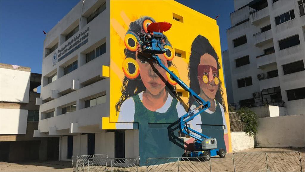 فن الجداريات يشعل المنافسة بين الشباب لإضفاء جمالية على واجهة المدن