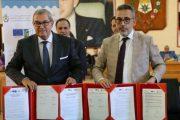في سابقة.. جماعة تيزنيت توقع اتفاقية شراكة باللغة الأمازيغية