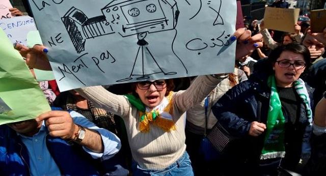 الجزائر.. الصحافيون ينددون بـ