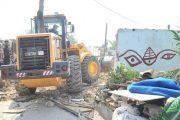 هدم البناء العشوائي بطماريس يخرج سكان المنطقة للاحتجاج