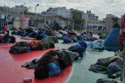 بينهم مغاربة.. مهاجرون يتسكعون في شوارع ليبيا بسبب الحرب