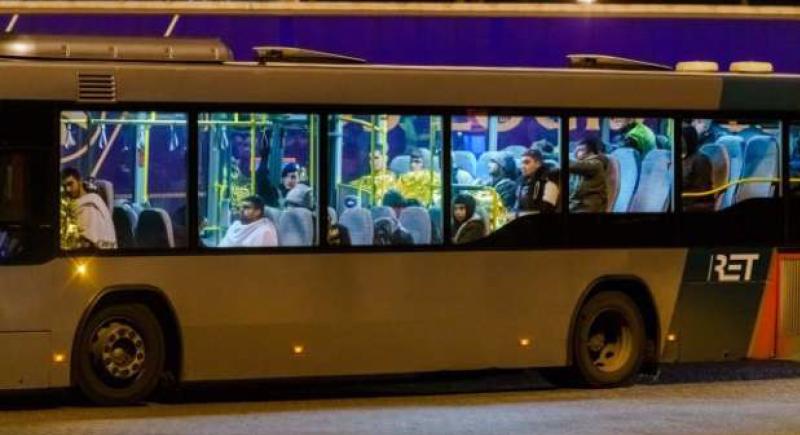 بعد شاحنة الموتى.. العثور على 25 مهاجرا غير شرعيا داخل