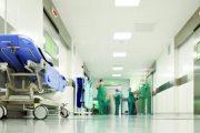 أطباء يرفعون مطلب ''تسوية حال'' التغطية الصحية للوزير الجديد