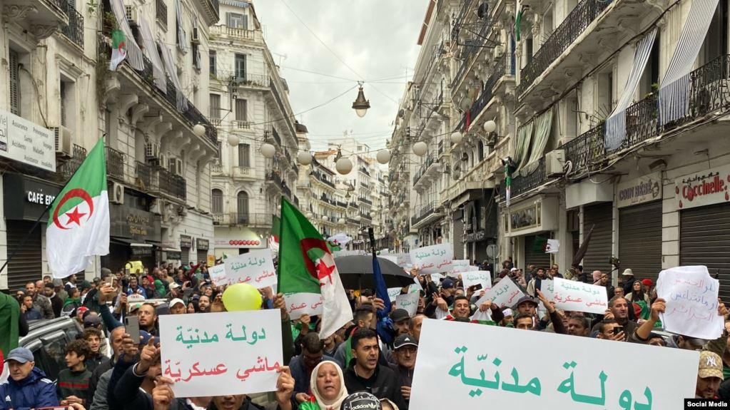 الجزائر.. مظاهرات الجمعة الـ38 تجدد شعار