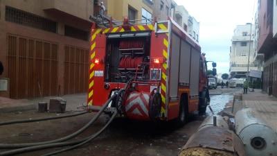 بالصور.. حريق مهول يخلف خسائر كبيرة بـ''سوق دالاس'' بالبيضاء