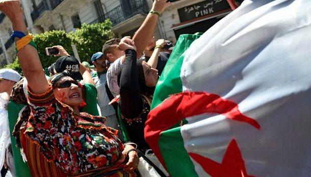 الجزائر.. قانون المحروقات يزيد من غضب الشعب على السلطة الحاكمة