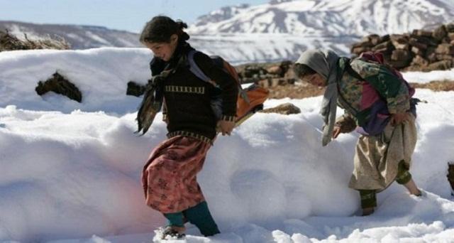 طقس بارد وزخات رعدية إلى غاية بعد غد الاثنين بعدد من المناطق