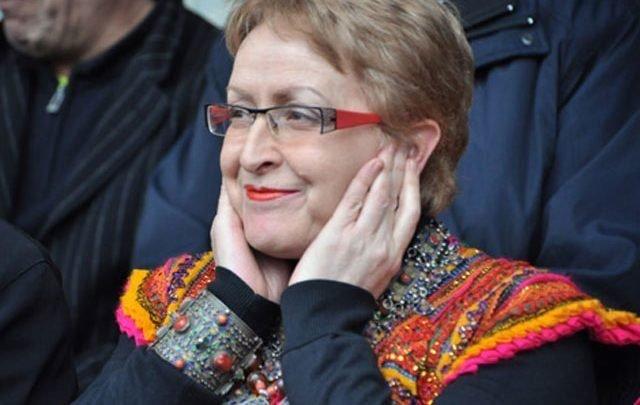 بتهم فساد.. وزيرة الثقافة الجزائرية السابقة تمثل أمام المحكمة العليا