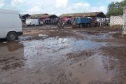 بسبب كثرة الأوحال.. مطالب للتجار بمقاطعة سوق أسبوعي بوزان