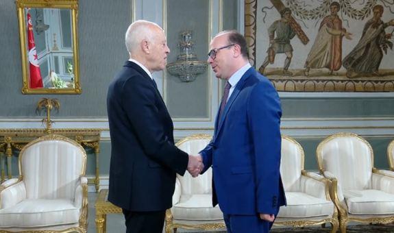 الرئيس التونسي يكلف إلياس الفخفاخ بتشكيل الحكومة
