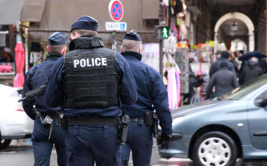 قتيل وجرحى في عملية طعن بباريس