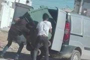 مصالح الأمن بسلا تلقي القبض على سارق حاويات الأزبال بالمدينة