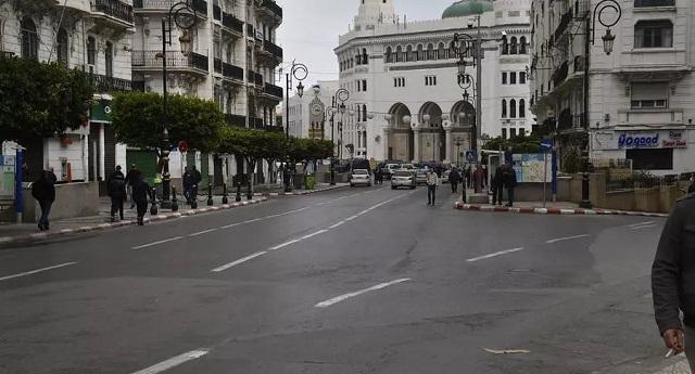الجزائر.. الوضع المالي المقلق يوقف بعض المشاريع