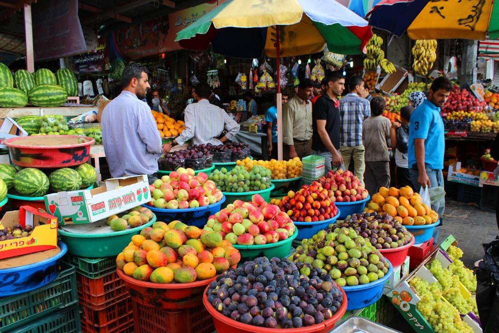 الحكومة تطمئن المغاربة بشأن تموين السوق واستقرار الأسعار