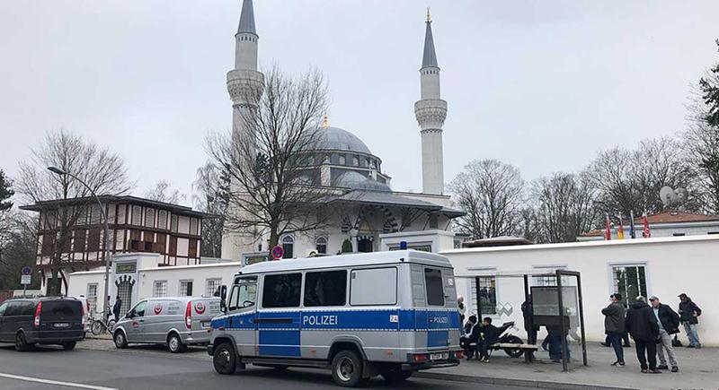 مساجد ألمانيا تصدح للمرة الأولى بالأذان (فيديو)