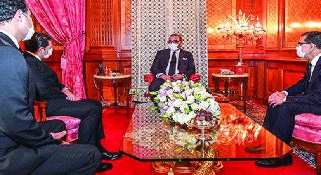 ''إلموندو'': المغرب قدم بقيادة الملك محمد السادس نموذجا لجيرانه في مواجهة ''كورونا''