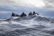 هربا من كورونا.. مغاربة يدفعون أكثر من 500 أورو