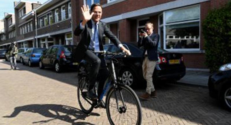 كورونا يمنع رئيس وزراء هولندا من زيارة والدته قبل وفاتها