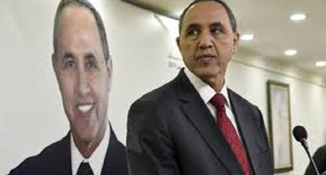 الجزائر.. النظام يمنع المرشح الرئاسي السابق ميهوبي من السفر