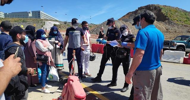 عودة بعض المغاربة العالقين في سبتة المحتلة بسبب كورونا