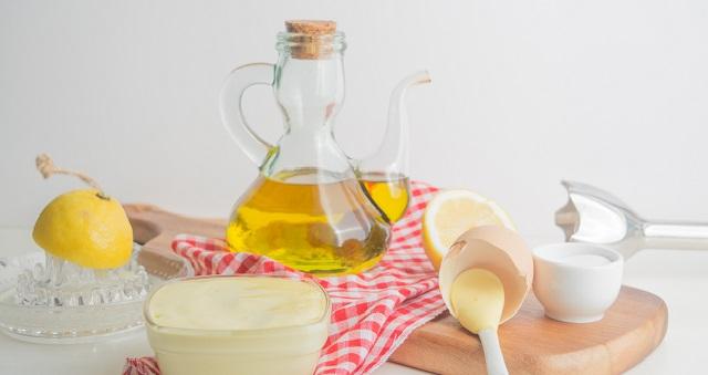 وصفة لتحضير المايونيز بزيت الزيتون وبدون بيض