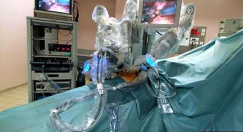 طبيبة في أمريكا تنقذ حياة مريض بلندن في عملية جراحية عن بعد