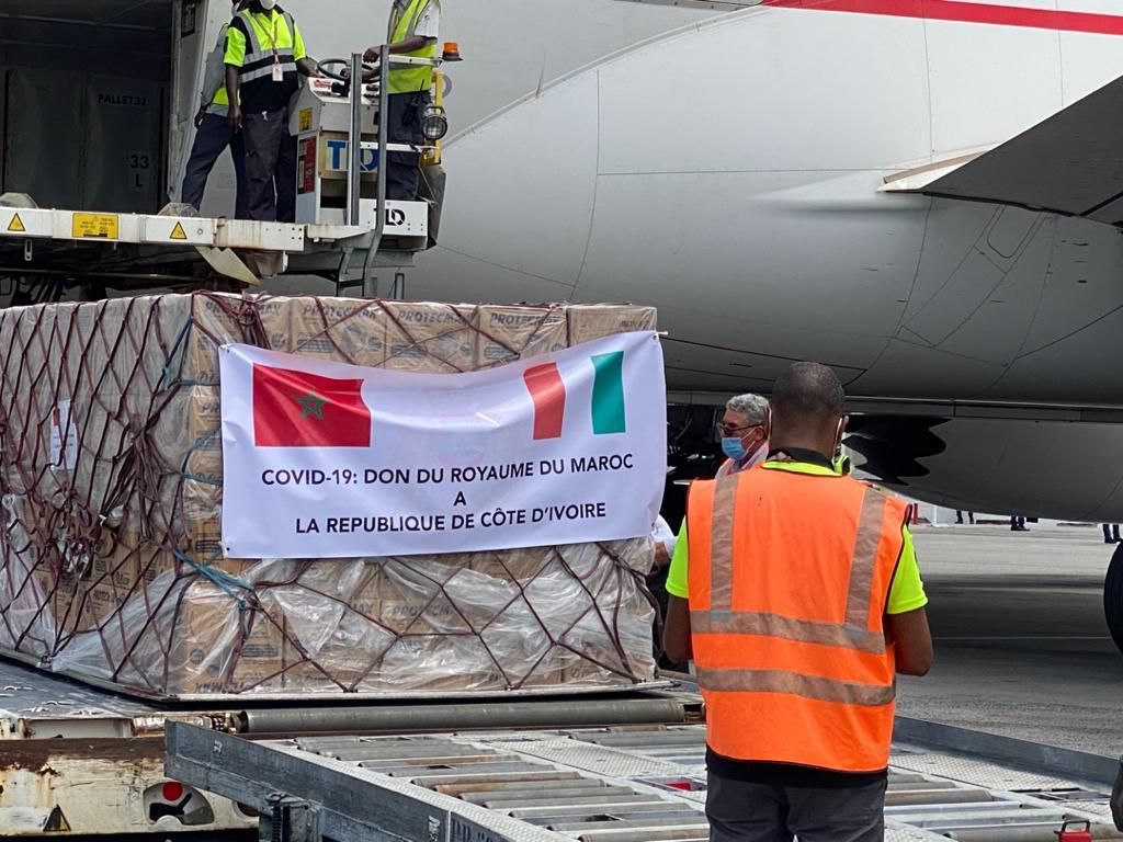 كوفيد 19.. وصول مساعدات طبية مغربية إلى جمهورية كوت ديفوار (صور)