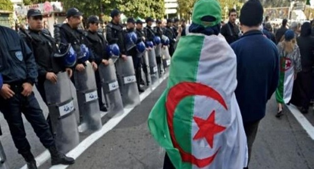 دراسة أميركية.. أرقام مخيفة لهجرة الأدمغة بالجزائر بسبب تفاقم الأزمة