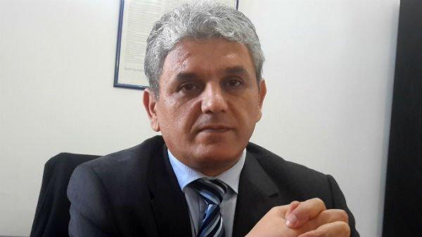 الجزائر.. وفاة عامل مغربي يجر أحد قادة المعارضة للتحقيق