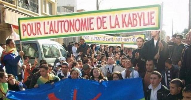 الجزائر.. قمع النظام لسكان منطقة القبايل أمام البرلمان الأوروبي