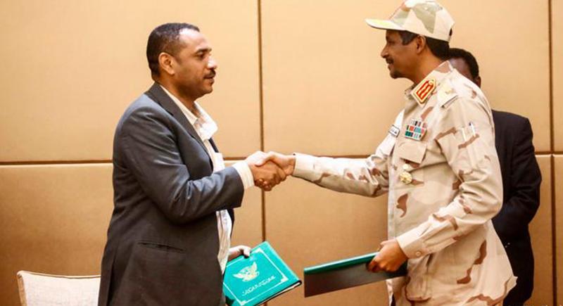 السودان يلغي 'قانون الردة وحظر الخمر لغير المسلمين'