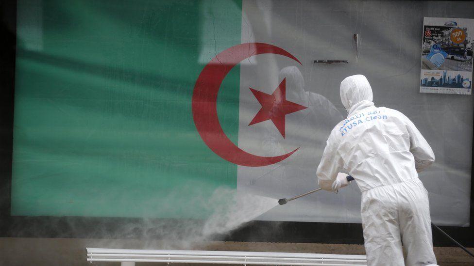 الجزائر.. حجر جزئي لمدة أسبوعين على 18 بلدة