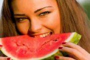 يقوي المناعة ويرطب الجسم.. تعرفي على فوائد البطيخ