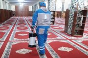 المساجد تتهيأ لاستقبال المصلين وسط مطالب باتباع الإجراءات الاحترازية