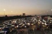 ليلة عصيبة.. مغاربة عالقون بالطرقات بعد قرار منع التنقل
